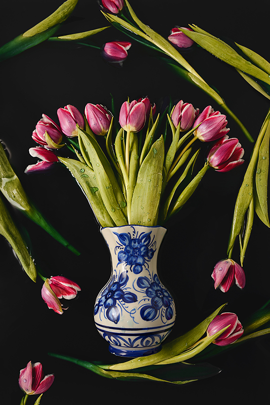 Tulpen-amsterdam-poster-delfts-blauw-vaas-stilleven